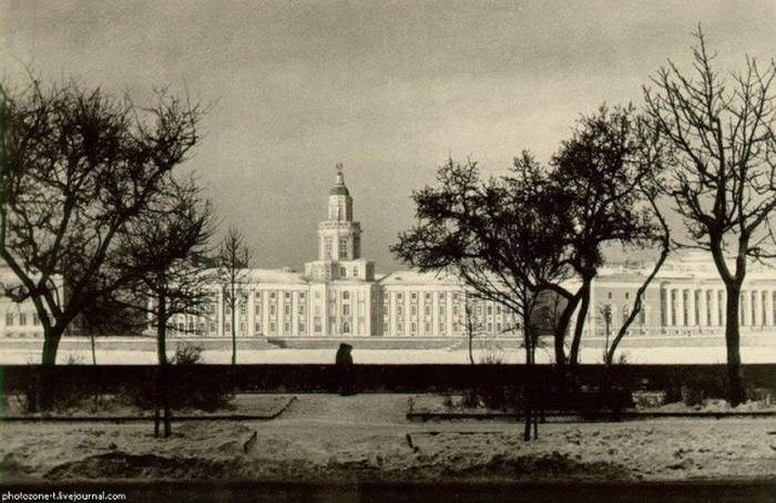 Подборка фотографий о том как изменился Санкт-Петербург