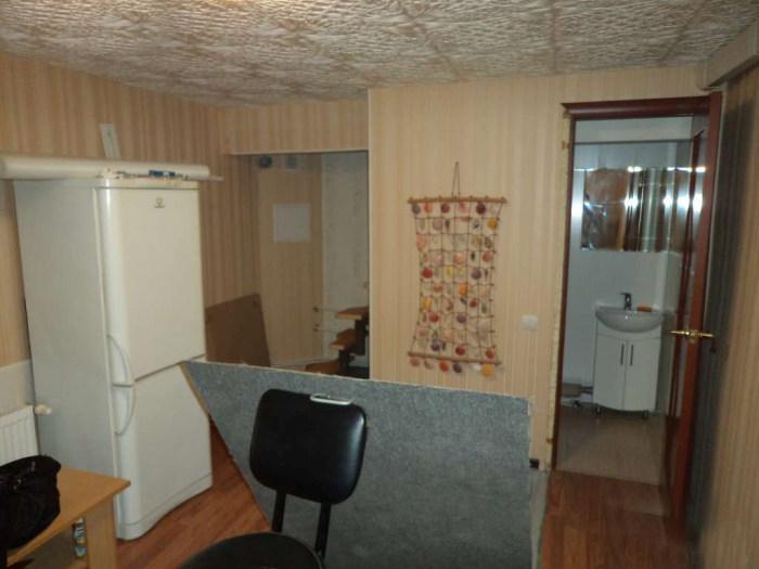 Интересная жилплощадь в Москве за 67 000 долларов (13 фото)