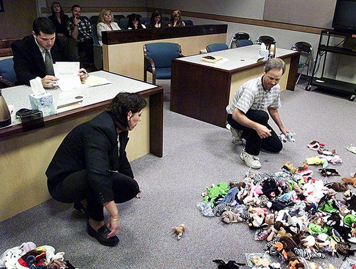 Парадоксальный раздел имущества на суде (фото)