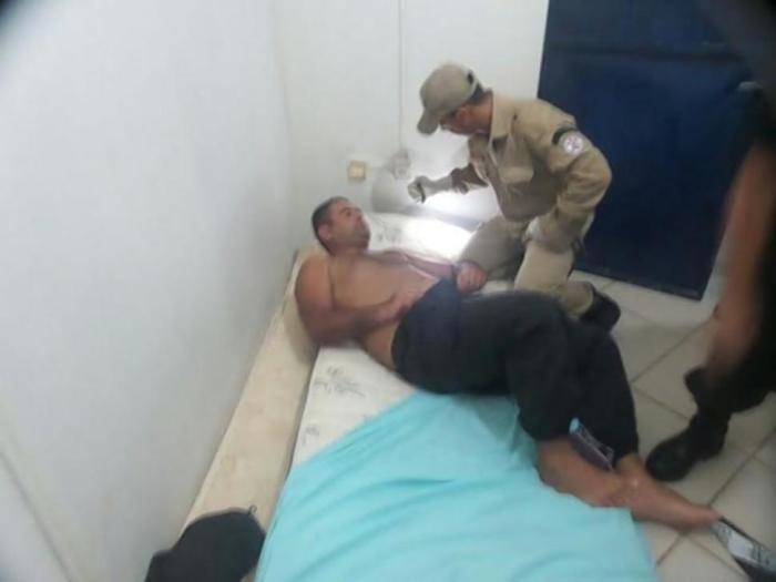 Стриптизерши помогли заключенным бежать из бразильской тюрьмы (4 фото)