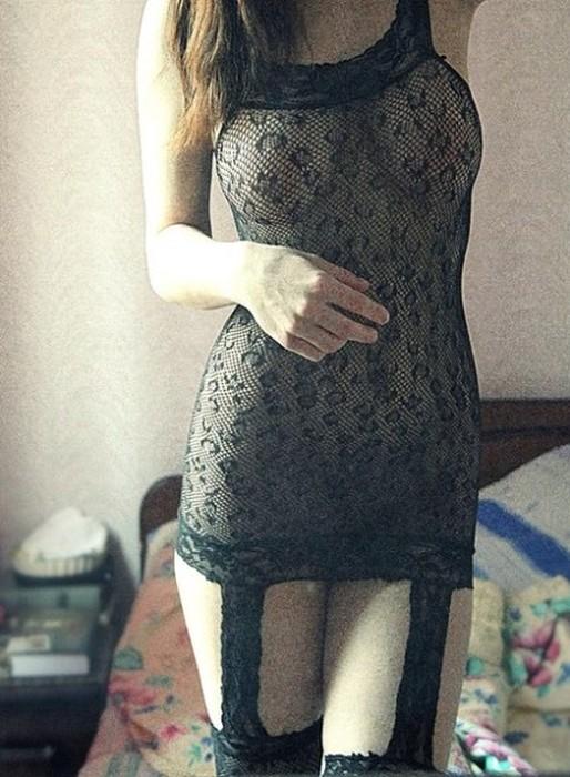 Пользователи «ВК» делятся интимными фото своих бывших девушек. НЮ (30 фото)