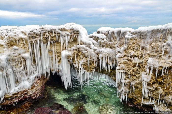 Лед сковал Херсонес (24 фото)