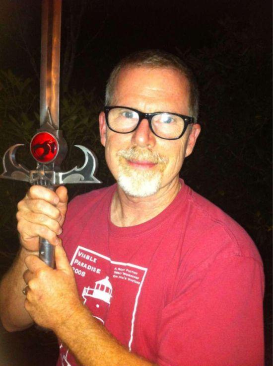 Холодное оружие из видеоигр и фильмов от кузнеца Майкла Ктулху (21 фото)