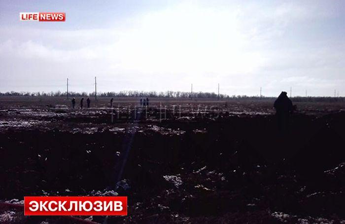 В Волгоградской области разбился самолет СУ-24 (4 фото + видео)