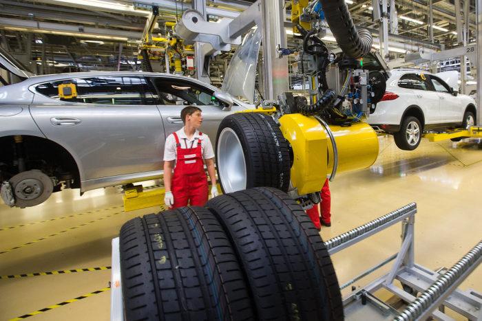 Фоторепортаж с лейпцигского завода Porsche (45 фото)