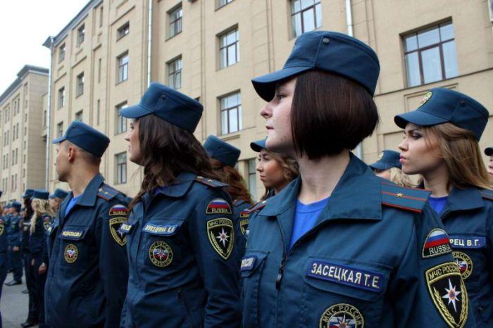 Девушки, состоящие на службе в МЧС России (40 фото)
