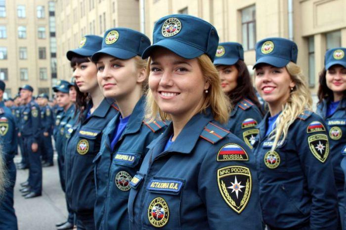 Работа девушкам в мчс россии какая страна относится к континентальной модели социальной работы