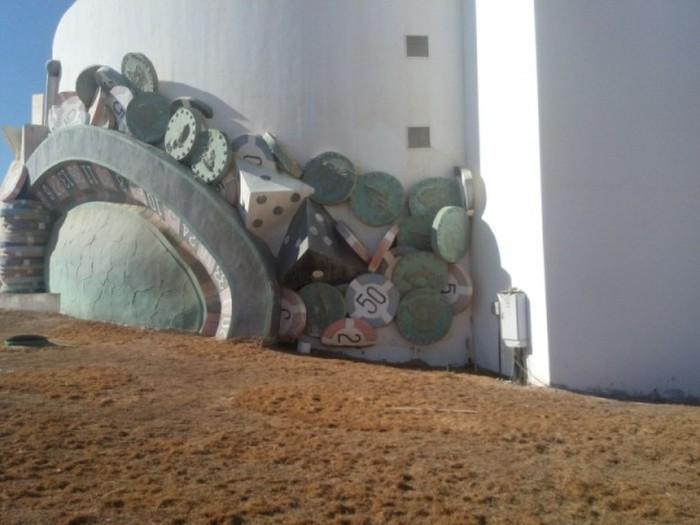 Прогулка по заброшенному пятизвездочному отелю в Египте (44 фото)
