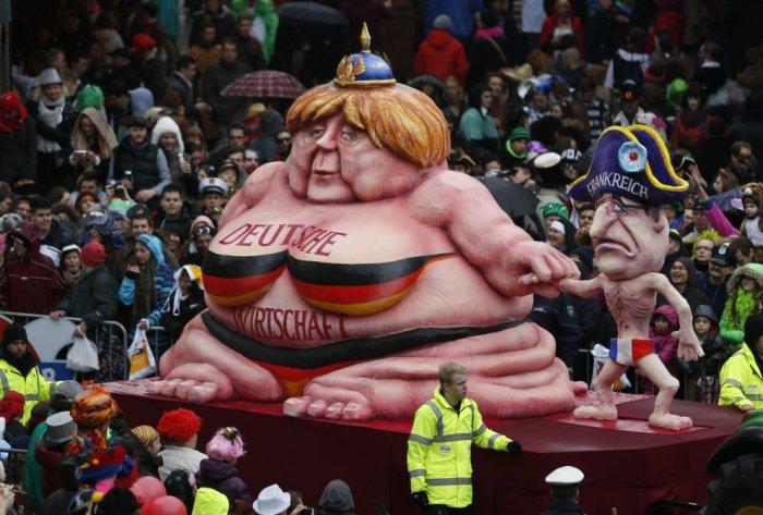 Какие куклы политиков ждут нас на европейских карнавалах в этом году (11 фото)