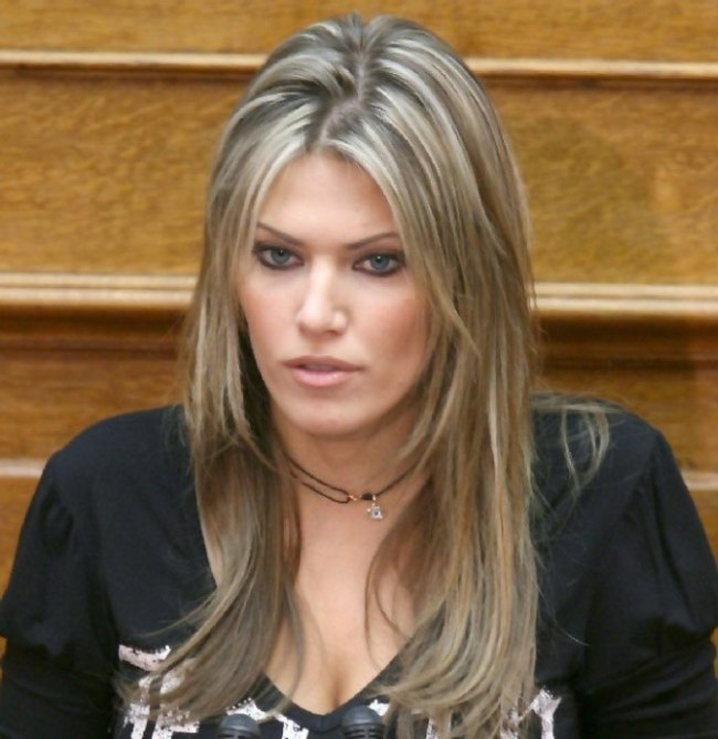 Самые красивые женщины из мира политики (10 фото)