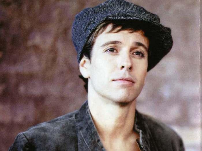 В сети появились фотографии 40-летнего певца Андрея Губина (2 фото)