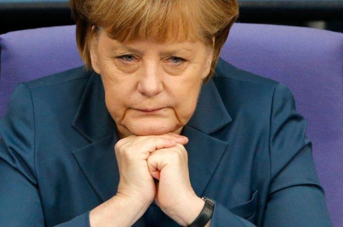 Как устроена жизнь канцлера Германии Ангелы Меркель (3 фото)