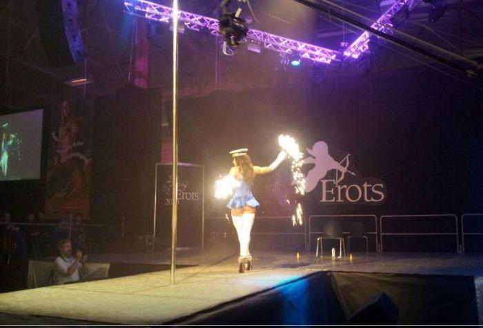 Фотоотчет с рижского фестиваля эротики Erots 2015. НЮ (44 фото)