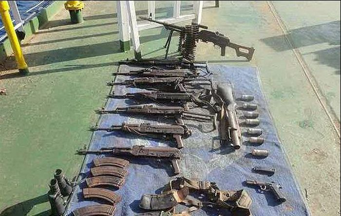 С чем идут на штурм кораблей сомалийские пираты (24 фото)