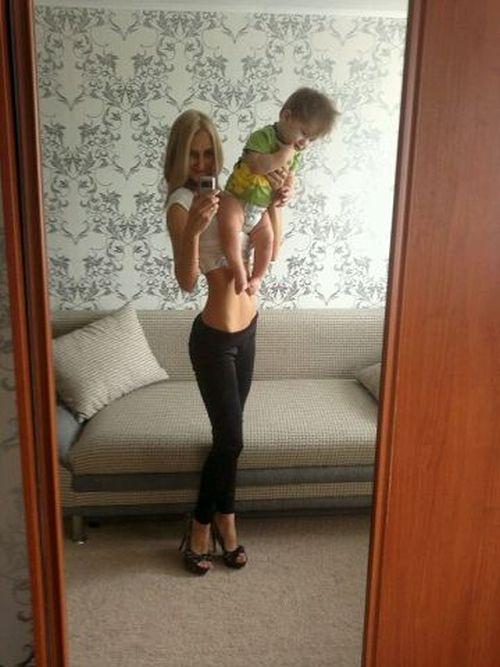 Мамы с идеальными фигурами (35 фото)