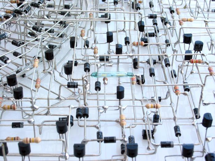Уникальные самодельные электронные часы (7 фото)