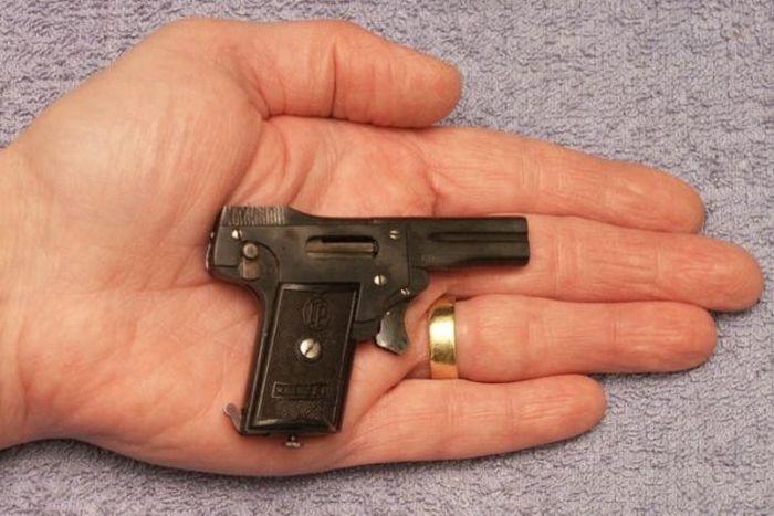 «Колибри» - самый маленький пистолет для самообороны в мире (7 фото)