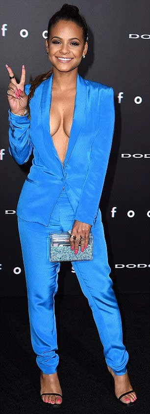 На премьеру фильма «Фокус» актриса Кристина Милиан надела эффектный костюм (12 фото)