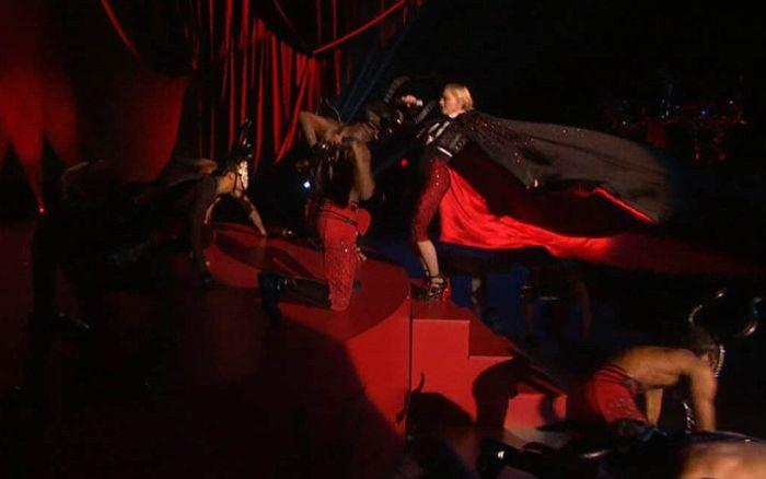 �� ����� ����������� �� ��������� Brit Awards ������� ����� �� ����� (7 ���� + �����)