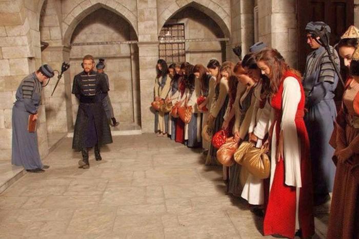 Как жили наложницы в султанских гаремах (9 фото)