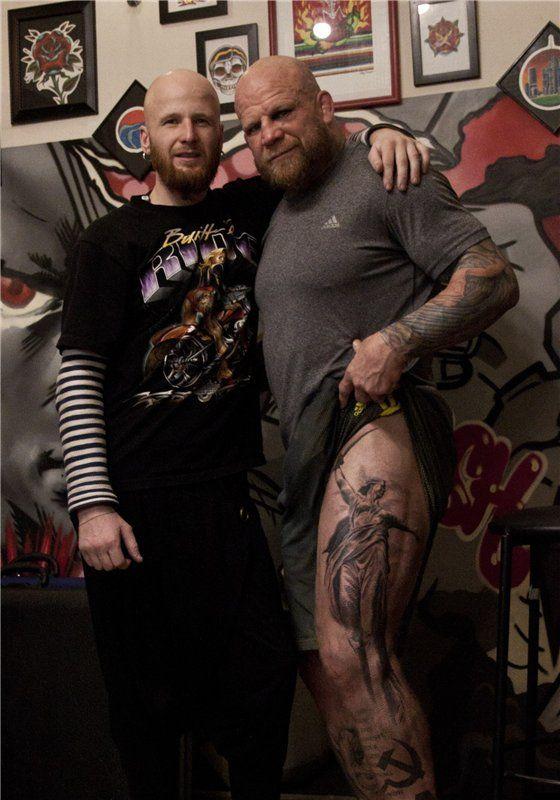 Американский боец Джефф Монсон сделал тату, выражающее его любовь к России (2 фото)