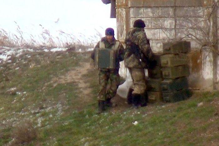 Украинские военные произвели минирование мостов на границе с Крымом (5 фото + видео)