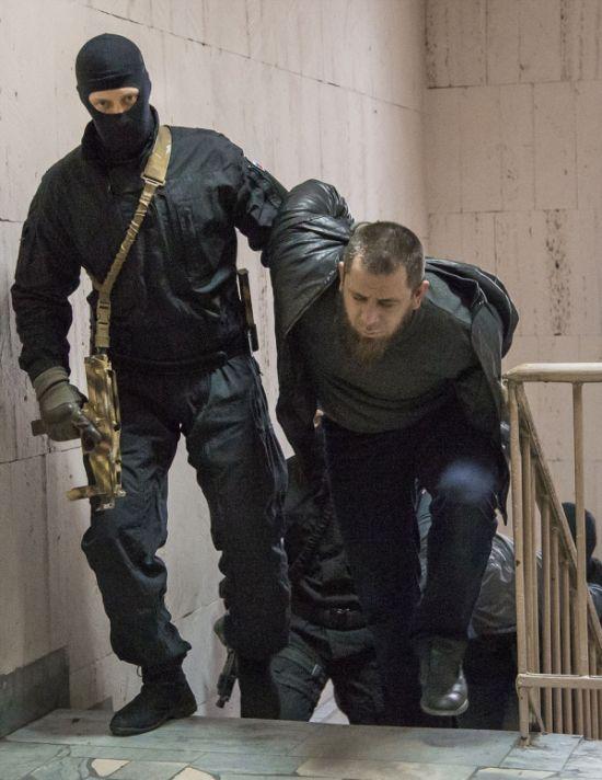 По делу об убийстве Бориса Немцова задержаны трое выходцев из Ингушетии (14 фото)