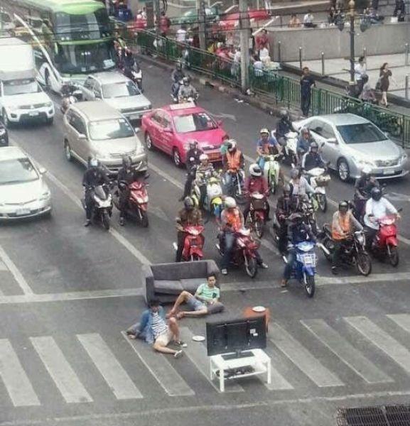 Странности из стран Азии (68 фото)