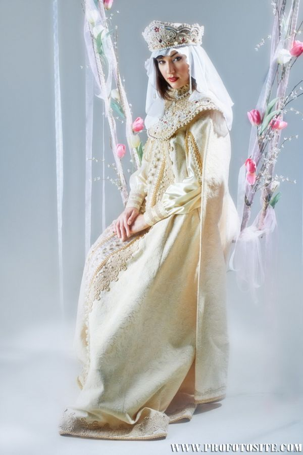 Фото Саши Грей в образе принцесс из русских сказок (10 фото)