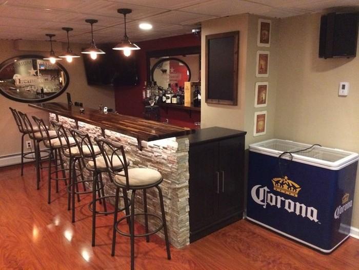 Крутой бар в подвале дома (12 фото)