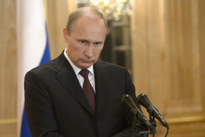 Дмитрий Песков опроверг слухи о болезни Владимира Путина (3 фото)