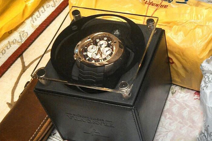Губернатор Сахалина Александр Хорошавин собрал коллекцию часов на 2 миллиона долларов (7 фото)