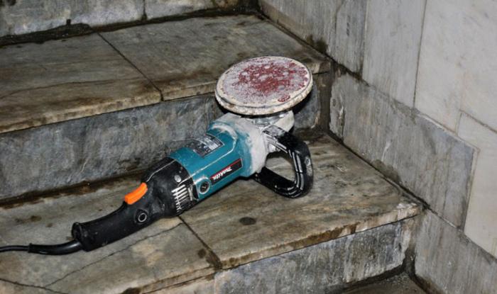 Фотоотчет о работе специалистов в области чистоты (38 фото)