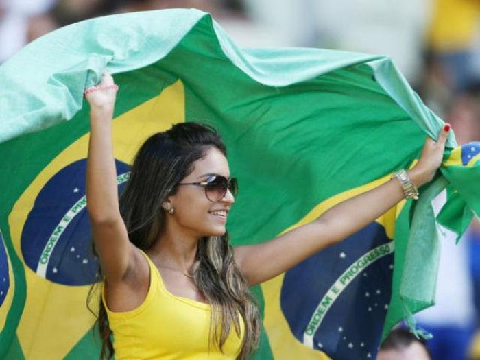 Футбольные болельщицы Бразилии (55 фото)