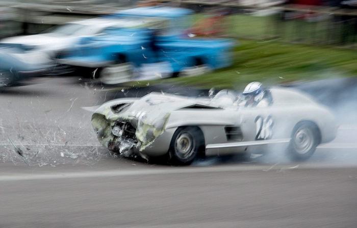 В Великобритании столкнулись два раритетных спорткара суммарной стоимостью в 5 млн фунтов стерлингов (9 фото)