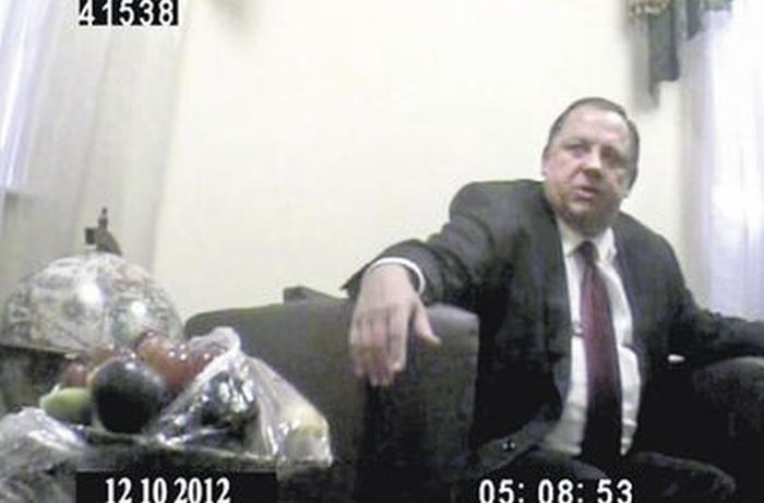 Громкие секс-скандалы с украинскими депутатами, чиновником и ректором (6 фото + видео)