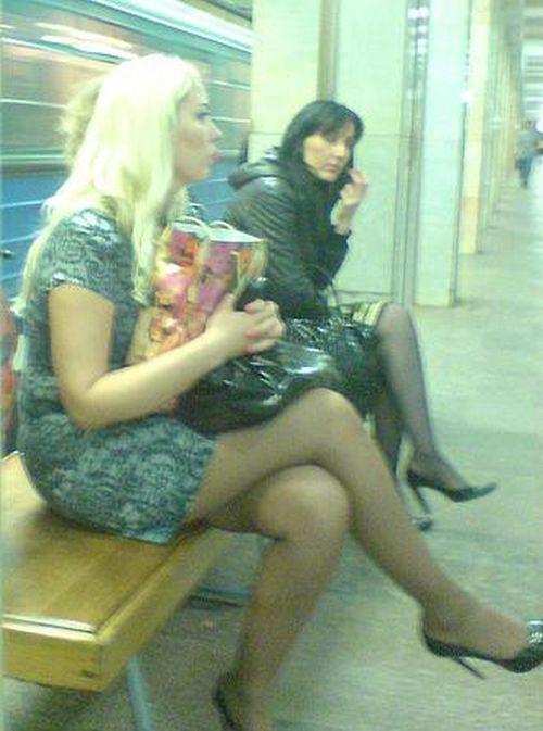 ножки в метро фото антибиотики Деревянные