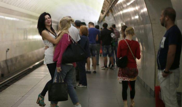 Пассажирки метро в России (40 фото)