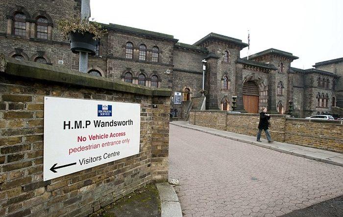 Заключенный беспрепятственно покинул тюрьму, отправив начальству поддельное письмо о своем освобождении (2 фото)