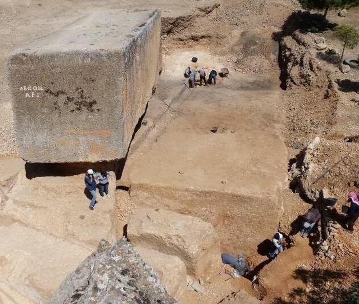 Строительный материал древних жителей Баальбека (13 фото)
