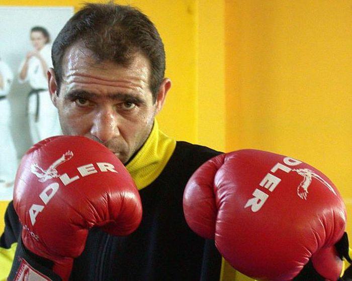 Серафим Тодоров, единственный боксер одолевший Флойда Мэйвезера, сейчас живет на 500 евро в месяц (6 фото + видео)
