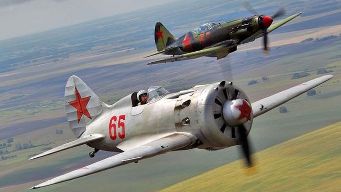 Интересное хобби российских авиаторов-энтузиастов (11 фото)