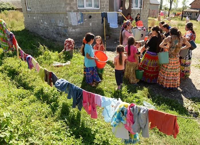Жизнь цыган из разных стран (20 фото)