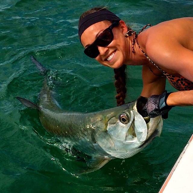Любительница рыбалки Deidra Bridger (28 фото)