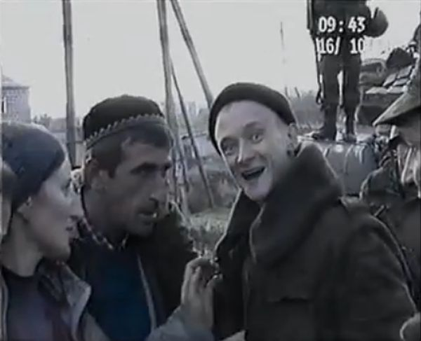Фейк: российские солдаты расстреливают чеченскую семью (5 скриншотов + видео)