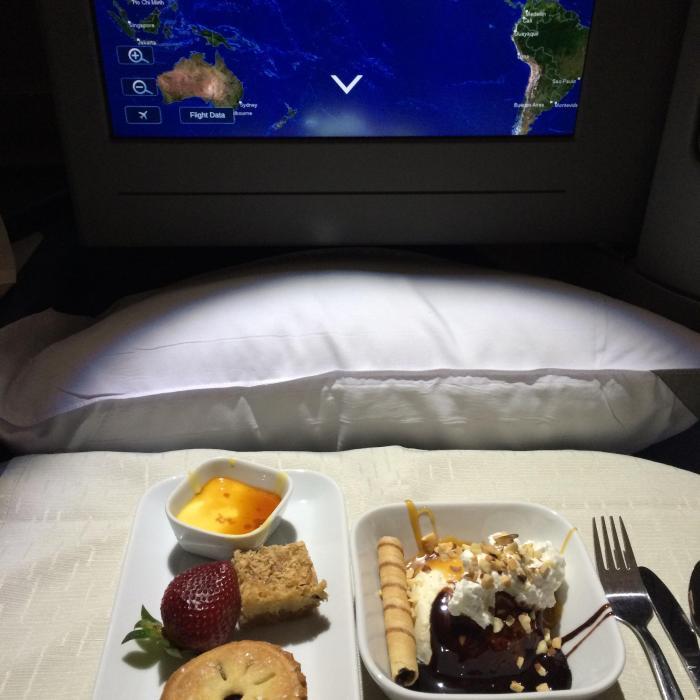 Вкусный бонус для состоятельных клиентов одной авиакомпании (9 фото)