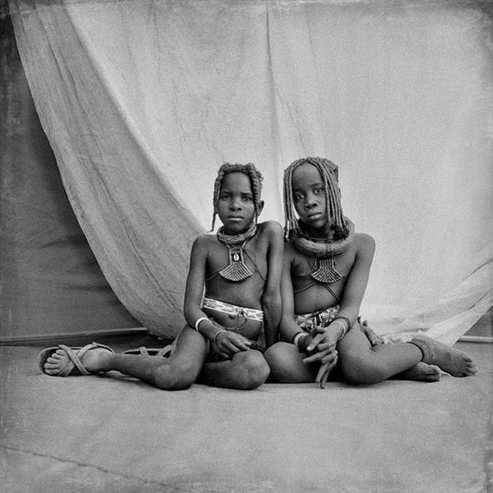 Жизнь африканского полукочевого племени Химба. НЮ (16 фото)