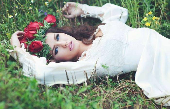Симпатичная дублерша Эмилии Кларк (Дейенерис Таргариен) в сериале «Игра престолов» (30 фото)