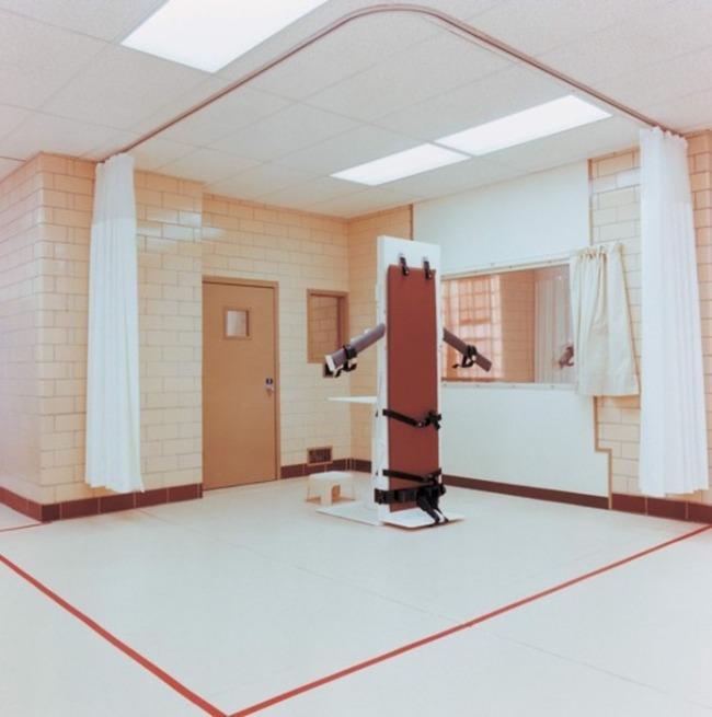 Комнаты смертных казней в тюрьмах США (27 фото)