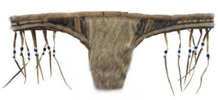 Меховые стринги эскимосских женщин (3 фото)